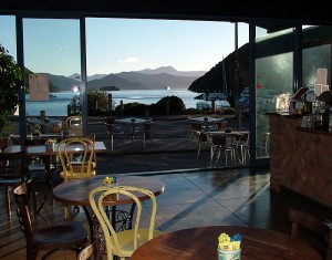 Le Cafe Picton Le View